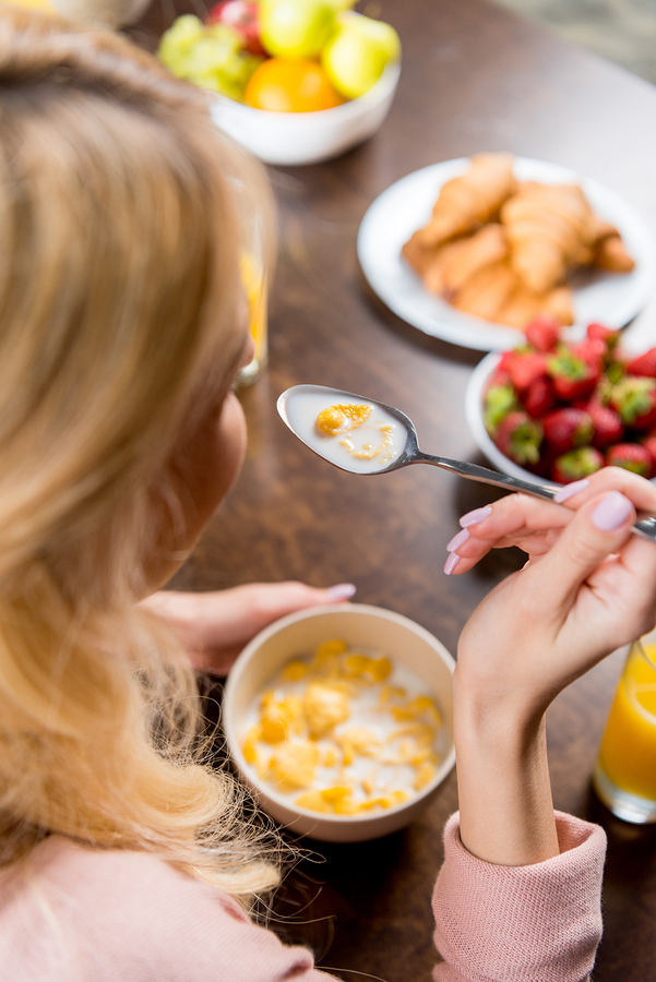 Home Care in Spokane WA: Factors that Change How Your Senior Eats